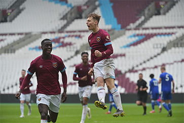 Kemp's penalty sealed the Hammers' win