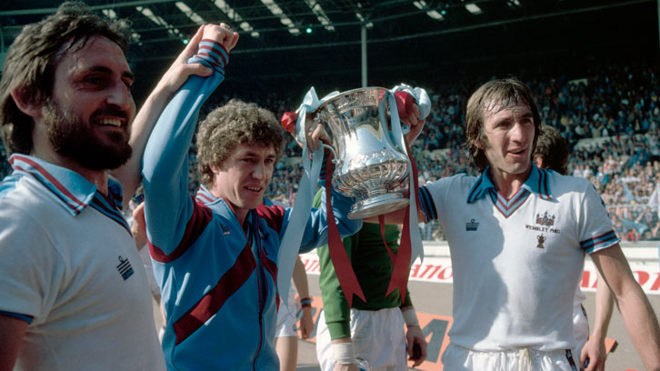 Billy Bonds lifts the FA Cup aloft in 1980