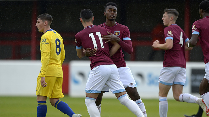 Hammers prepare for Exeter Checkatrade Trophy visit