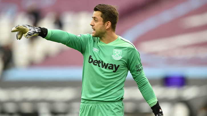 Lukasz Fabianski in action against Manchester City