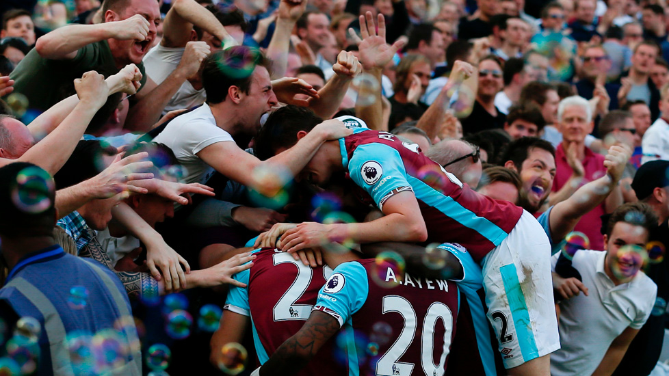 Hammers fans celebrate at London Stadium