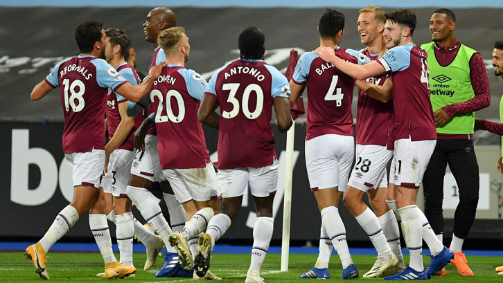 West Ham celebrate victory over Wolves