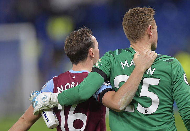 Mark Noble congratulates David Martin on his West Ham United debut