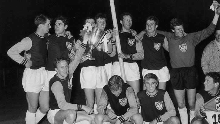 The West Ham United crest - Through the years   West Ham United