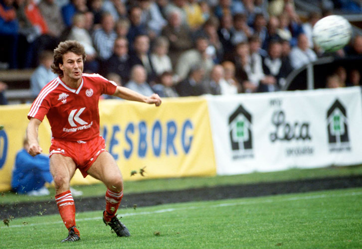 Billy Lansdowne in action for Kalmar FF