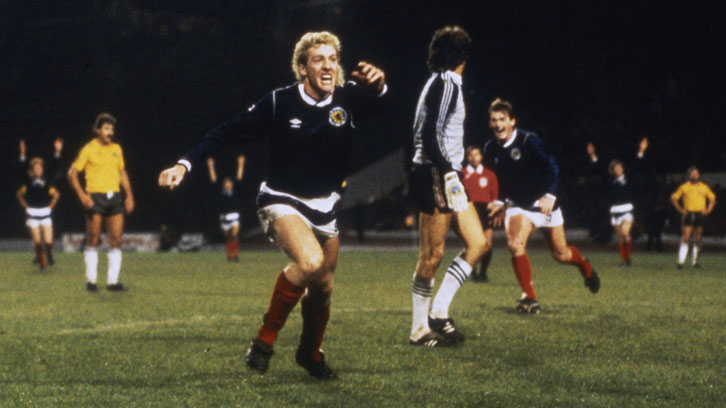 Frank McAvennie celebrates scoring against Australia in November 1985