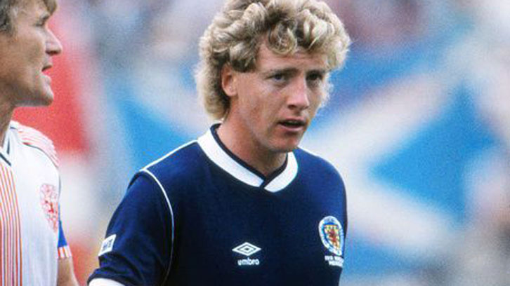 Frank McAvennie in action for Scotland against Denmark at the 1986 FIFA World Cup finals