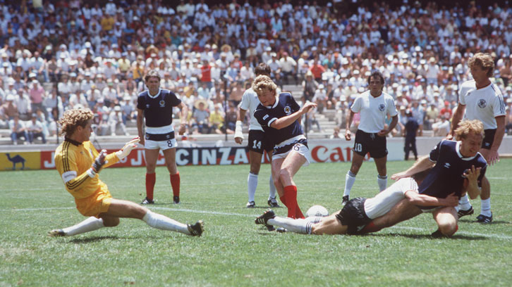 Frank McAvennie in action for Scotland against West Germany at the 1986 FIFA World Cup finals