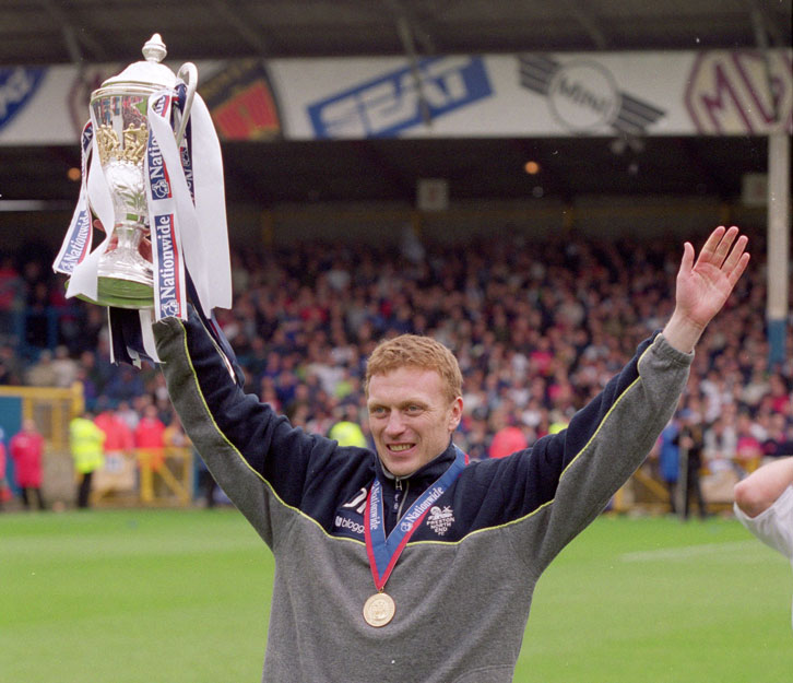 The Scot led Preston North End to the Second Division title in 2000