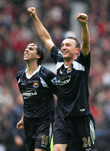 Mark Noble celebrates the win at Old Trafford in 2007