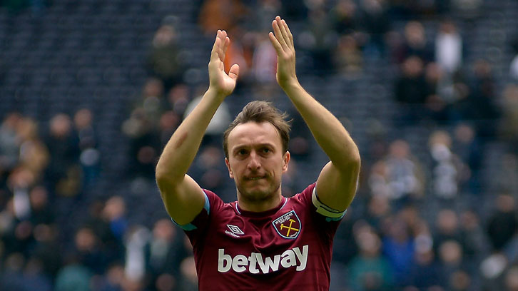 Mark Noble applauds the fans at Tottenham Hotspur Stadium