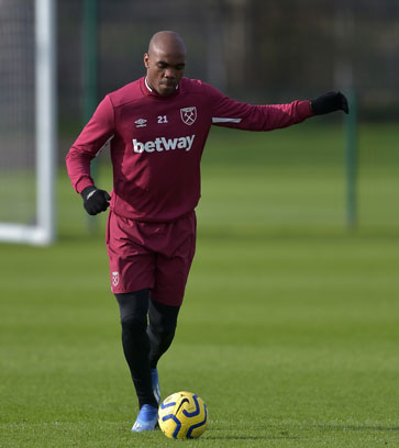 Angelo Ogbonna training at Rush Green