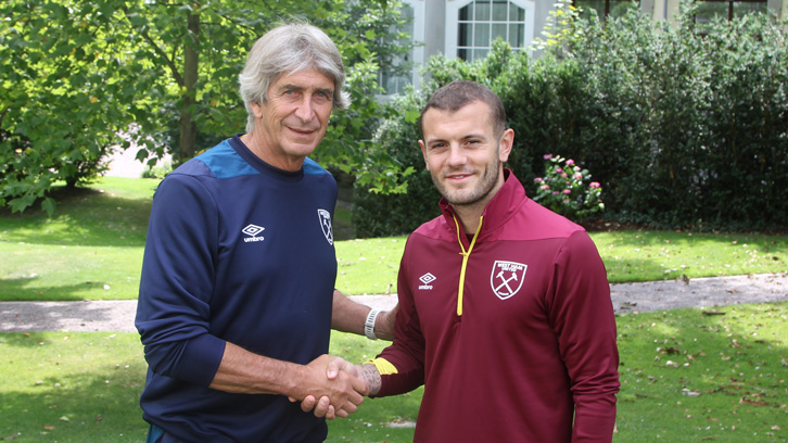Manuel Pellegrini shakes hands with Jack Wilshere