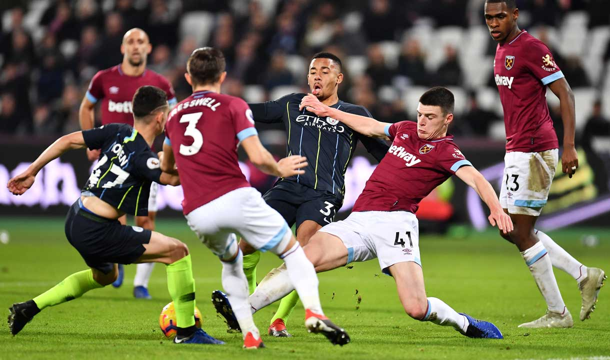 Declan Rice challenges Phil Foden