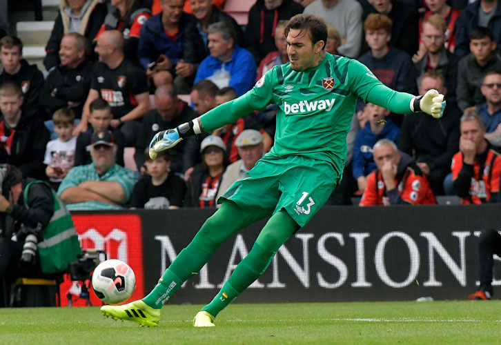 Manuel Pellegrini was pleased with the performance of substitute goalkeeper Roberto