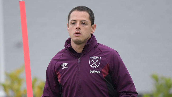 Javier Hernández in training