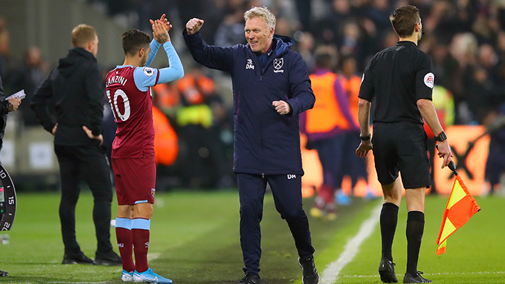 David Moyes celebrates at London Stadium